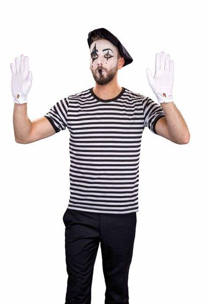 Französisches Outfit